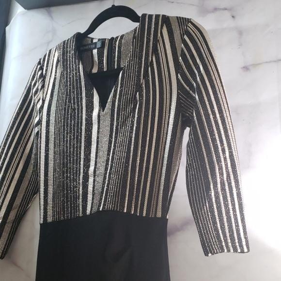 HOMEYEE Dresses & Skirts - Womens Elegant V-Neck 3/4 Sleeve Slim Dress